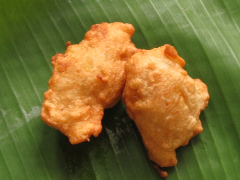 COCONUT & BANANA FRITTERS - Spice Counter